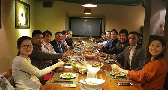 Alok Bharadwaj Creovate dining with Business leaders in Vietnam