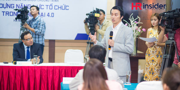 Alok Bharadwaj launching Creovate in Vietnam with media